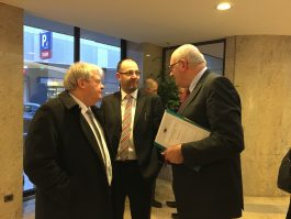 ICOS President Martin Keane & CEO TJ Flanagan with Commissioner Phil Hogan